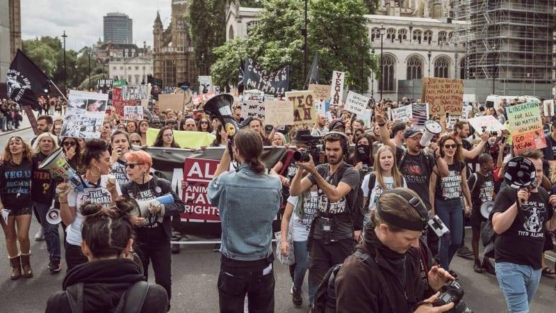Loňský pochod v Londýně.