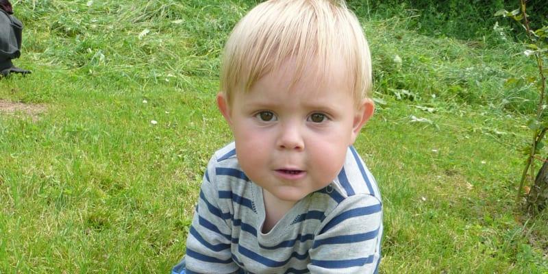 U Radovana se začaly projevovat příznaky autismu přibližně ve věku tří let
