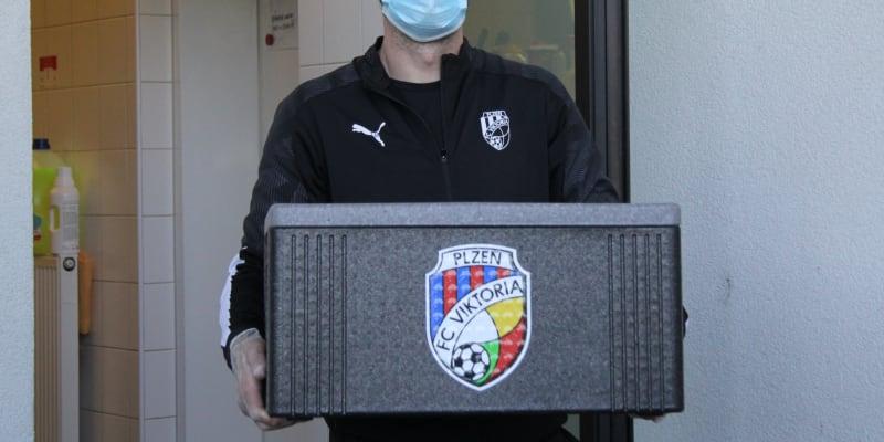 Trenér brankářů a bývalý aktivní golman Viktorie Plzeň Matúš Kozáčik