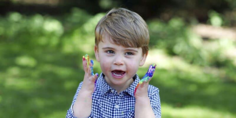 Princ Louis slaví druhé narozeniny.