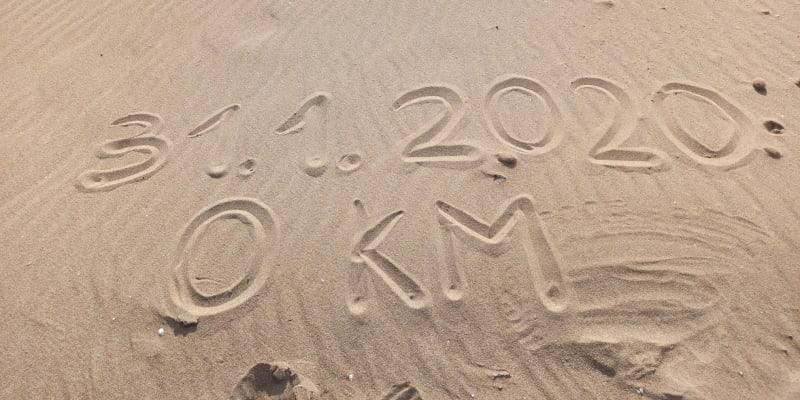Na svou dlouhou pouť vyrazil z jihu Sicílie 31. ledna. Datum vepsal do písku.