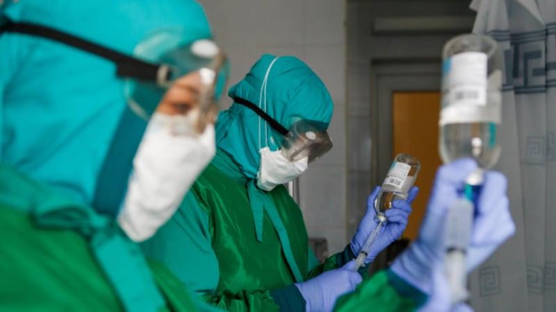České nemocnice mají v zásobě remdesivir pro zhruba stovku pacientů s COVID-19