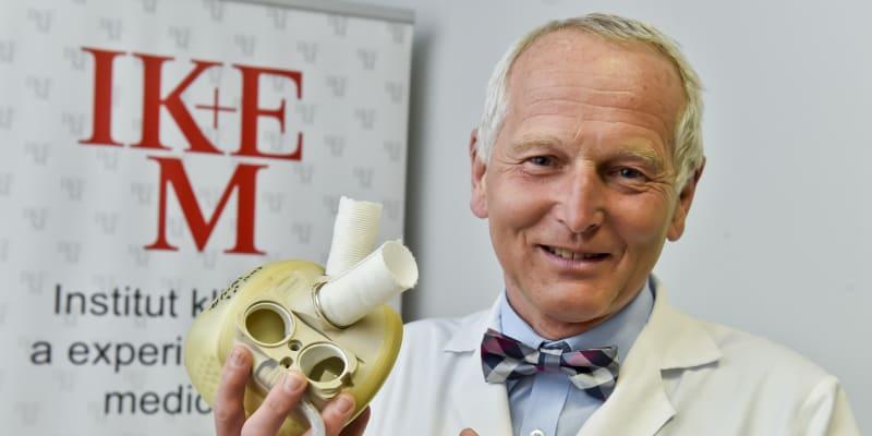 Přední český kardiochirurg, profesor a přednosta kardiocentra IKEM Jan Pirk (72)