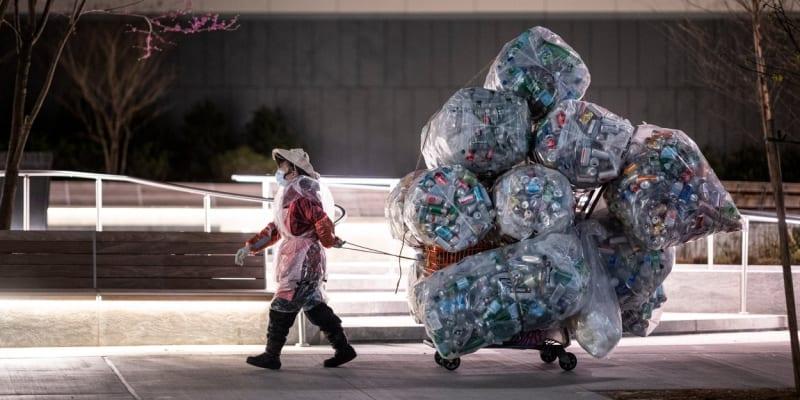 V New Yorku jsou od 1. března 2020 zakázané jednorázové plastové tašky.
