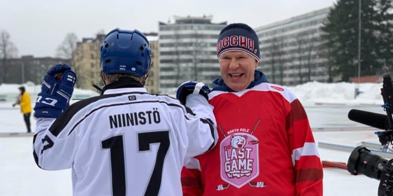 Vjačeslav Fetisov si zahrál i proti finskému prezidentovi