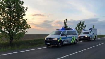 Silnice z Plzně na Domažlice je kvůli nehodě do 22:00 uzavřená