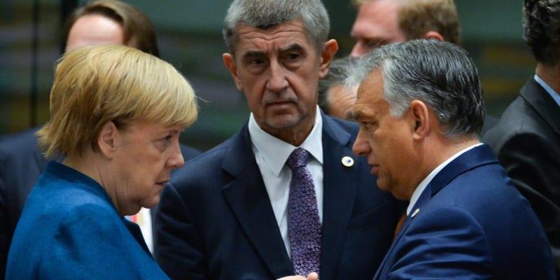Premiér Babiš na summitu EU v říjnu 2019 s německou kancléřkou Angelou Merkelovou a premiérem Maďarska Viktorem Orbánem
