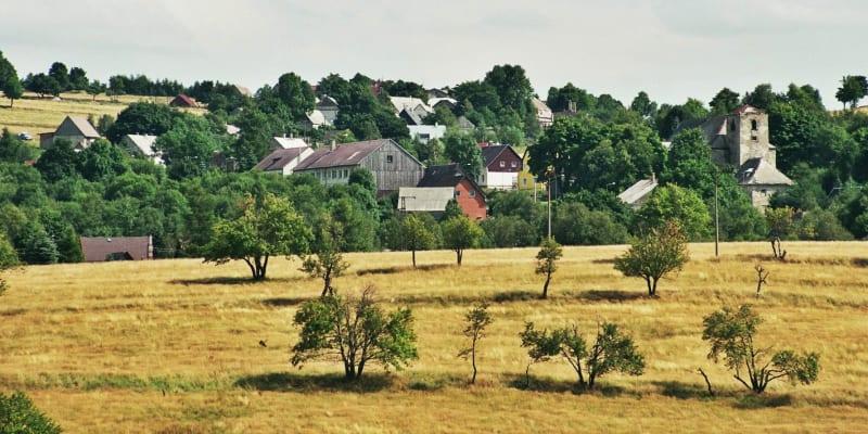 Obec Nová Ves v Horách ztratila po odsunu Němců asi šedesát procent obyvatel