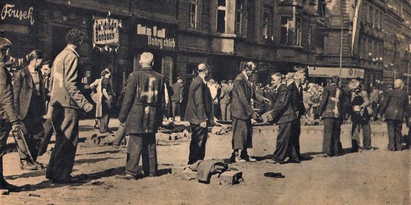 Pražští Němci v létě 1945