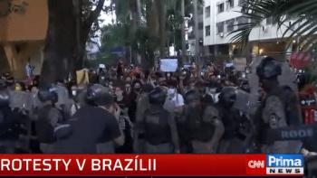 Protesty kvůli smrti Floyda se konají i v Brazílii, stovky lidí se shromáždily v Riu