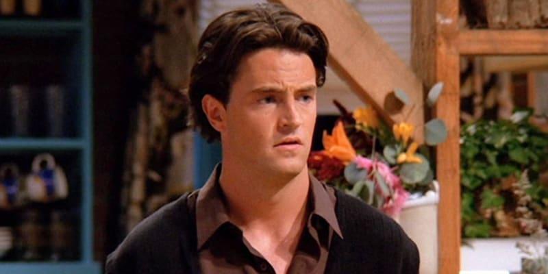 Chandler (Matthew Perry)
