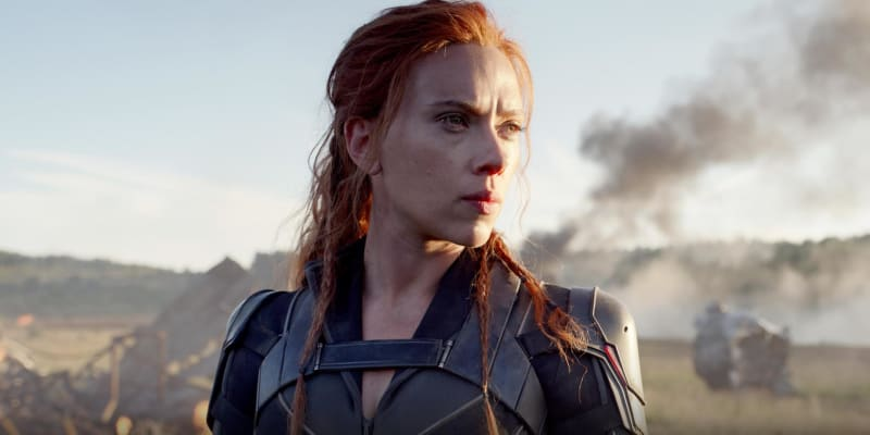 Black Widow (5. listopadu 2020): Co slavná komiksová špiónka dělala mezi třetím dílem Kapitána Ameriky a třetím dílem Avengers? Odpověď jsme měli dostat už 30. dubna, nakonec si na ni ale musíme počkat až do podzimu.