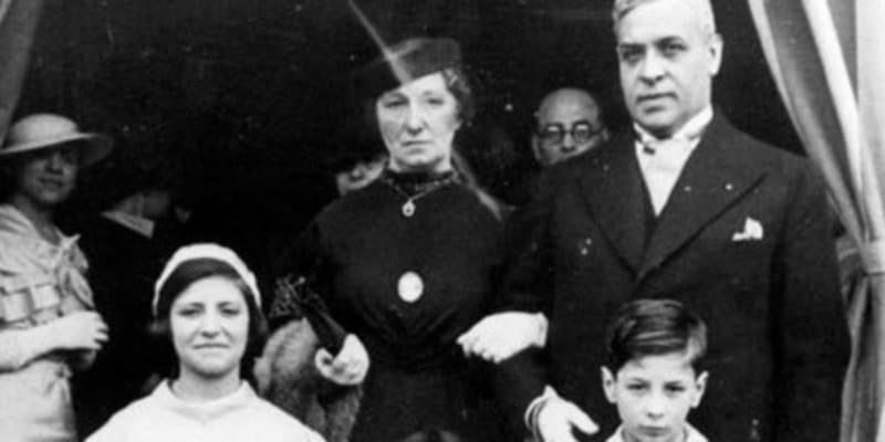 Dobová fotografie rodiny Mendesových