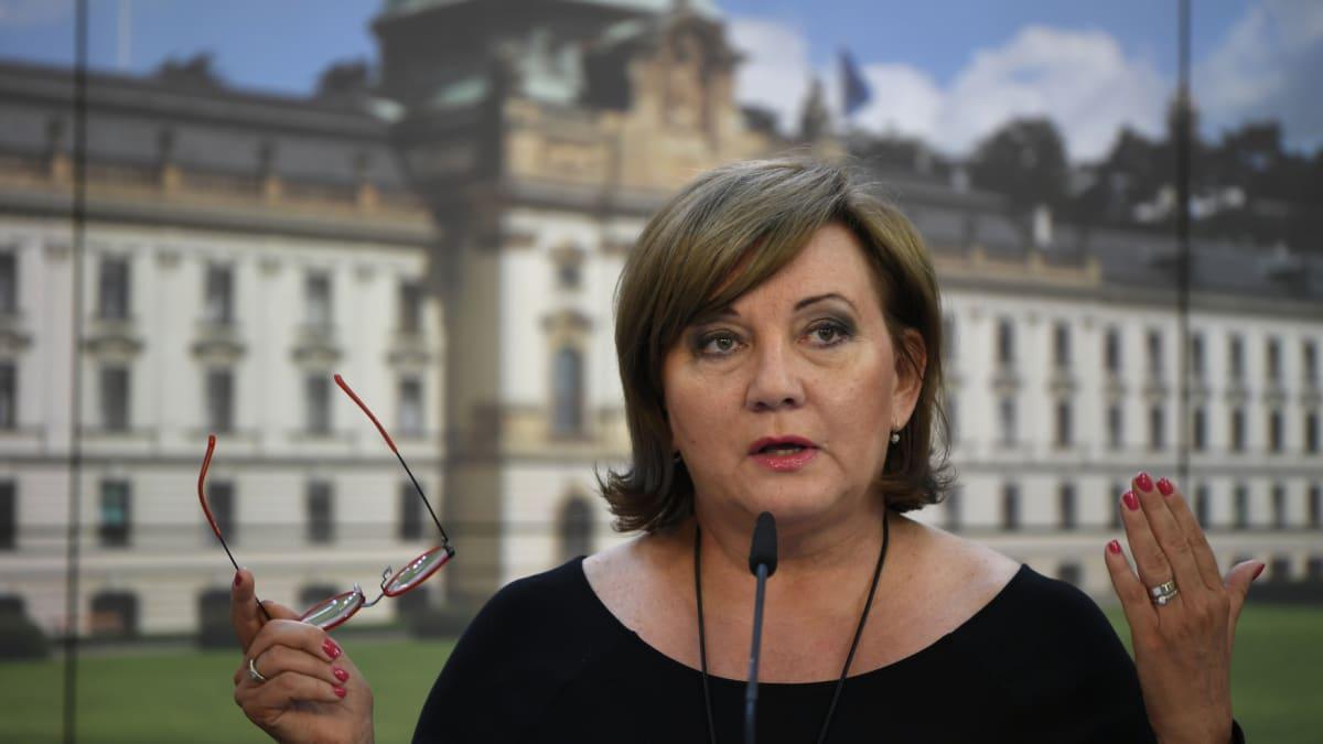 Bude mít Česko další státní banku? Nutnost, říká Alena Schillerová