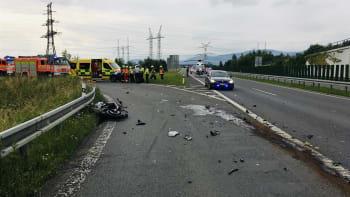 Černý pátek na českých silnicích: Následkem nehod zemřelo šest lidí, letos nejvíce