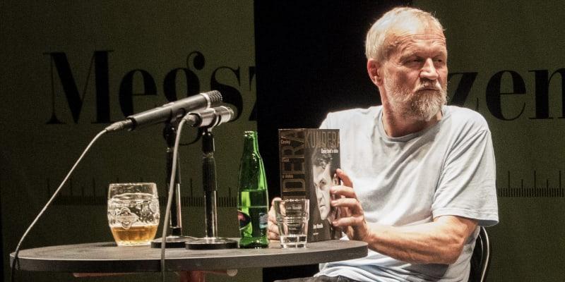 Jan Novák na festivalu Měsíc autorského čtení v Brně