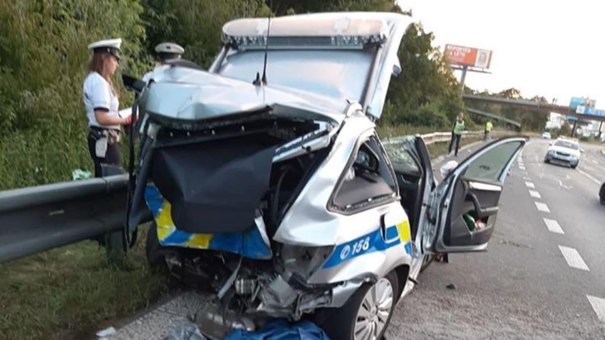 Policejní prezident Švejdar: Řidička mohla jet až 200 km/h. Mrtvý policista je hrdina