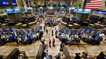 Na Wall Street panuje euforie jako před devadesáti lety, varuje americký ekonom