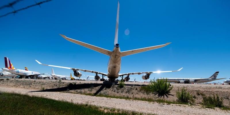 Zajímavý detail zaparkovaného letadla v Teruelu.