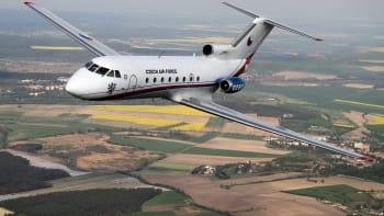 Ve vládní letce končí tři letadla, náhrada není. Létejte economy class, vzkazuje Babiš