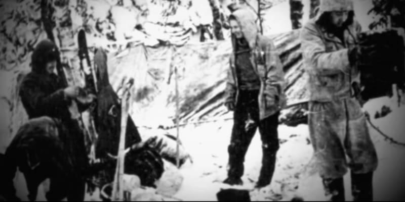 Studenti nebyli žádní začátečníci. Měli už zkušenosti z túr po Uralu a byli to zkušení horalové.