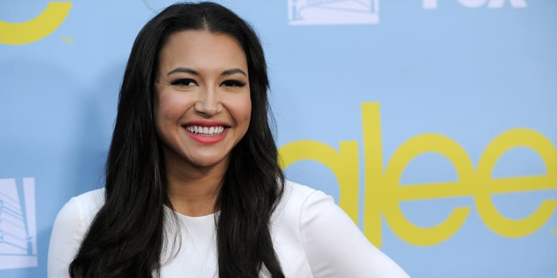 Zemřela hvězda seriálu Glee Naya Riverová. Utonula v jezeře Piru v Kalifornii.