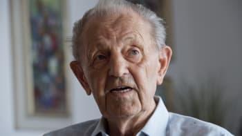 Zemřel komunista Miloš Jakeš, autor tragikomického projevu na Červeném Hrádku