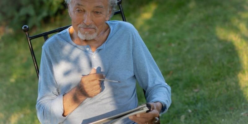 Karel Gott poslední čtyřy roky života žil jako na kolotoči mezi jevištěm a nemocnicí.