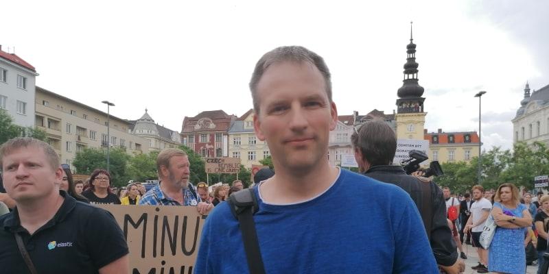 Horník Dolu Darkov Pavel Reis dorazil na pondělní demonstraci v Ostravě.