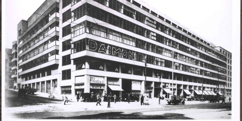 Takhle Veletržní palác vypadal v meziválečné době