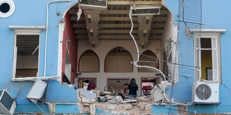 Obrovský výbuch poškodil v Bejrútu stovky domů.