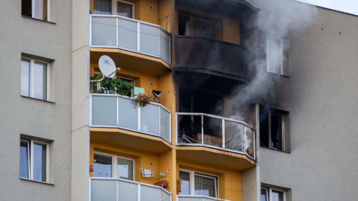 Žhář v Bohumíně udájně upálil svého syna i bývalou ženu, nešlo o romskou rodinu
