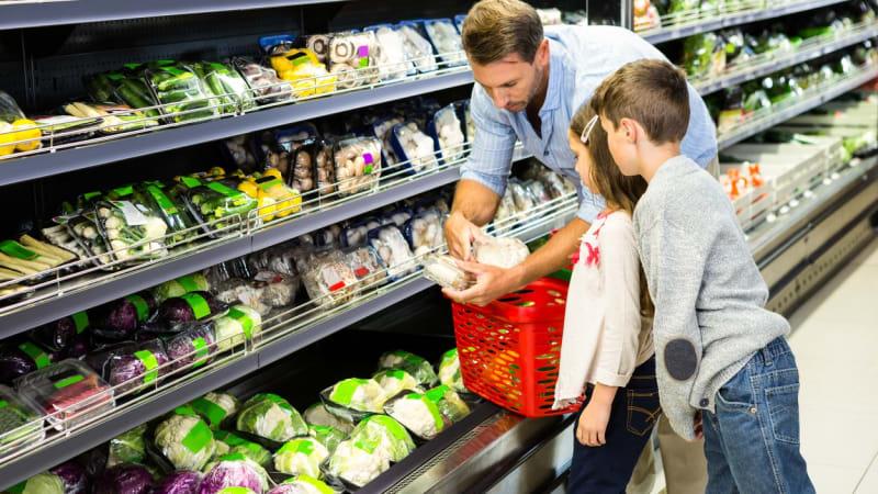 Melouny, lilky, koňské maso. Poslanci nařídili povinné kvóty na české potraviny