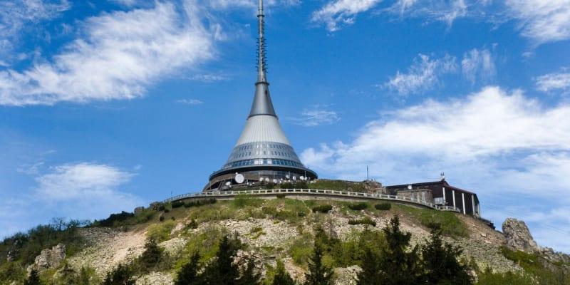 Vysílač a hotel na Ještědu by jednou mohl být na seznamu UNESCO.