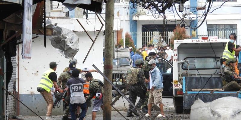 Nejméně deset mrtvých si vyžádal výbuch dvou náloží na Filipínách.