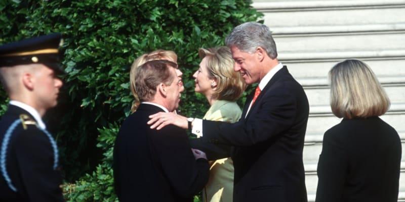 Václav Havel s americkým prezidentem Billem Clintonem při návštěvě USA v roce 1998