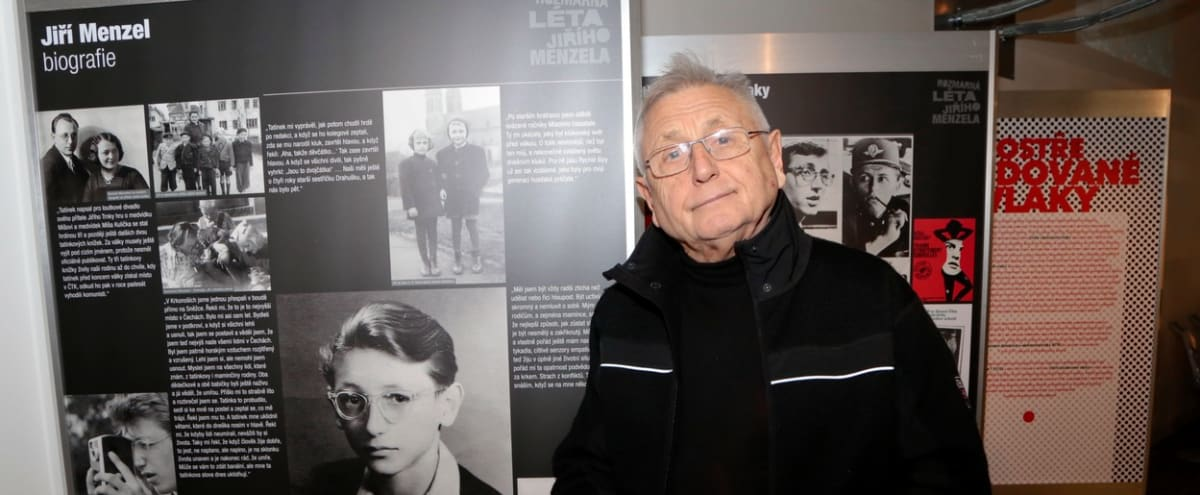 Jiří Menzel zahajuje v roce 2016 výstavu, která byla věnována filmu, od jehož premiéry uplynulo 50 let – Ostře sledované vlaky