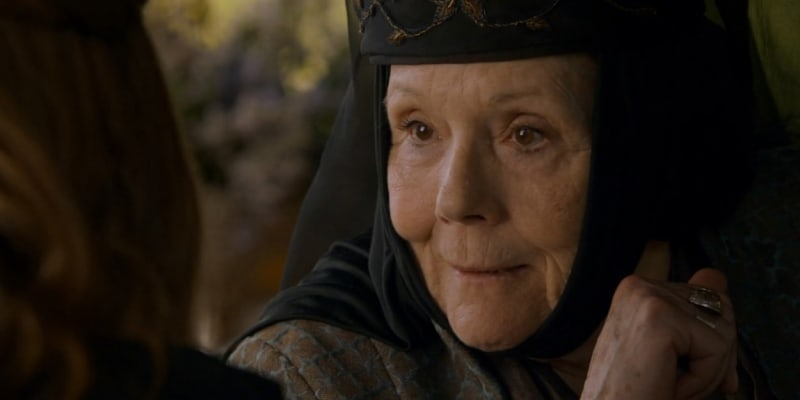 Diana Riggová ztvárnila postavu Lady Olenny ve Hře o trůny