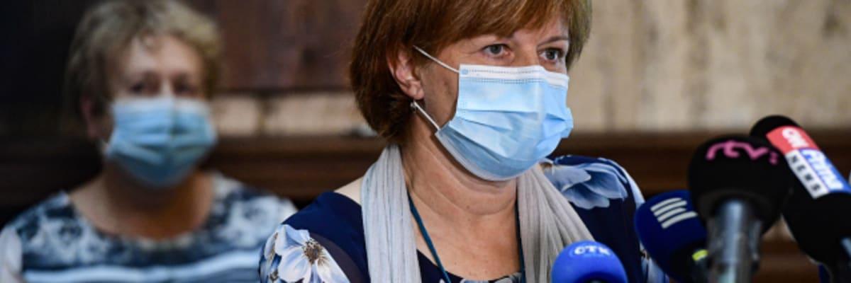 Blatný definitivně odvolal Rážovou z funkce hlavní hygieničky, důvod odmítl sdělit
