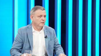 Sledujte ŽIVĚ brífink ministra kultury Zaorálka. Vezme místo ministra zahraničí?