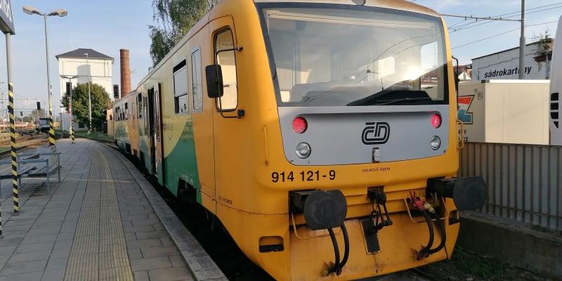 Opava, Regionova, nepříliš vydařená rekonstrukce řady 810