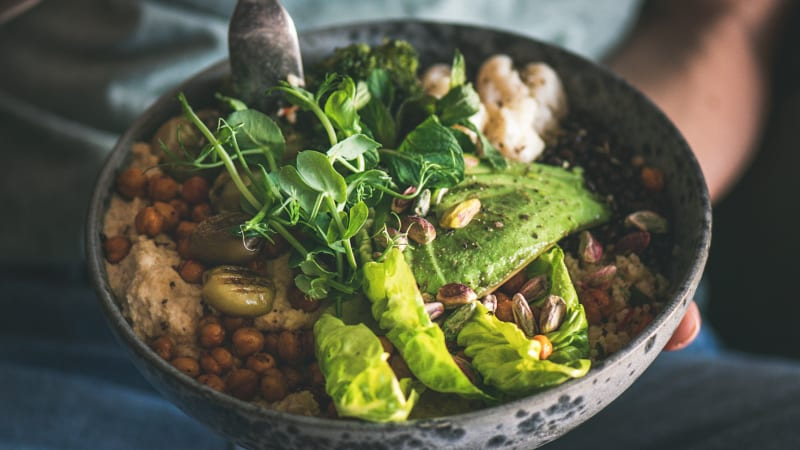 Měsíc veganem: Jaké benefity vám rostlinná strava přinese a co udělá s vaším tělem?