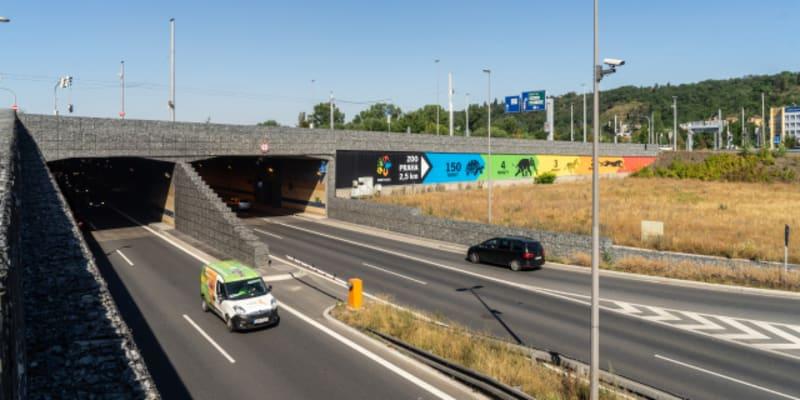 Výjezd z Tunelu Blanka v pražské Tróji
