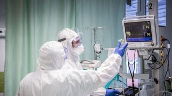 Koronavirus může poškodit srdce, varují čeští kardiologové. Za pravdu jim daly studie