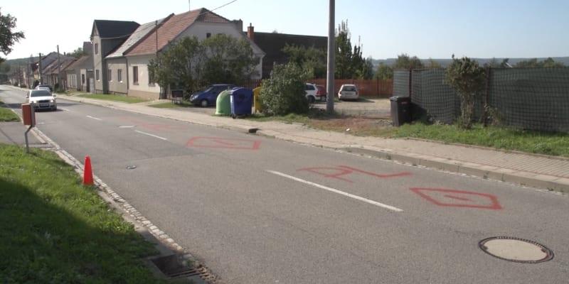 Na vině je podle všeho uzavírka v sousedních Mostkovicích.