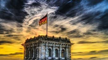 Sledujte ŽIVĚ HLAVNÍ ZPRÁVY: Zařazuje nás Německo na seznam rizikových zemí?
