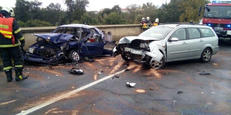 K vážné dopravní nehodě došlo v Lounech.