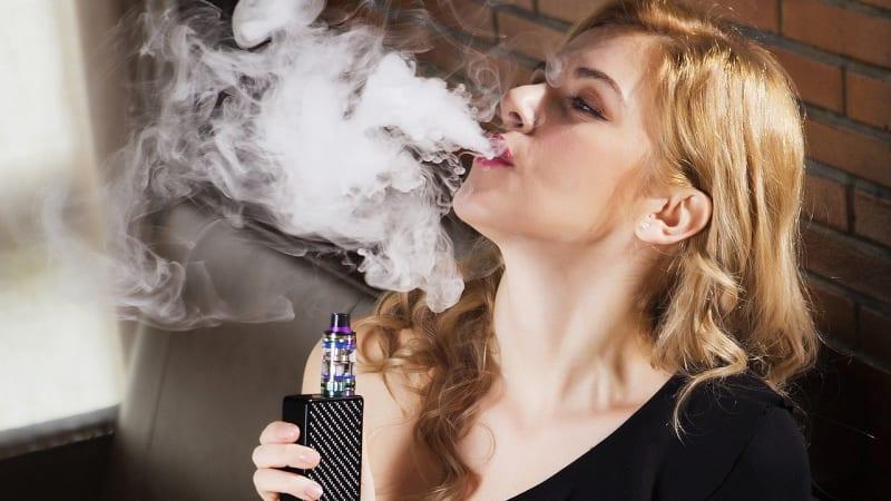 Zvyšování spotřebních daní u tabáku podporujeme, hlásí přední výrobce cigaret