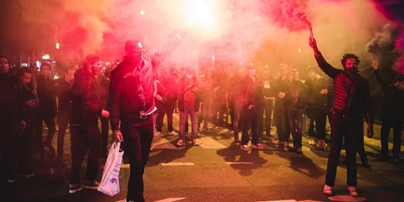 Provozovatelé barů z 11. obvodu žádají například odpuštění sociálního pojištění.