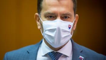 Slovensko výrazně omezí pohyb lidí, výjimku budou mít ti s negativním testem